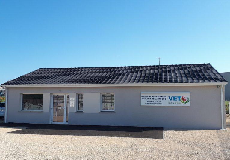 réalisation d'une clinique vétérinaire à Saint Marcel les Valence fonctionnelle et lumineuse